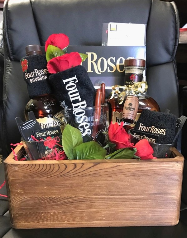 FourRoses_Basket